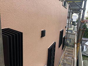 「築9年のモルタル外壁を塗装!外壁塗装では高圧洗浄が大切です!(東京都福生市)」のAfter写真