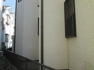 「おしゃれな住宅をクリアー塗装!デザインをそのままに美しくなったA様邸(東京都多摩市)」のBefore写真