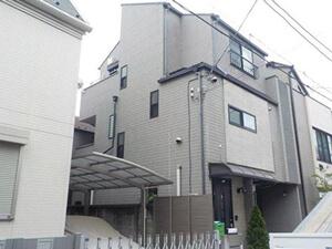 「築13年のサイディング外壁を塗装!チョーキングが発生した付帯部分も(神奈川県逗子市)」のBefore写真