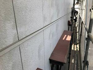 「チョーキング現象の起きているN様邸を塗装でピカピカにメンテナンス(神奈川県逗子市)」のBefore写真