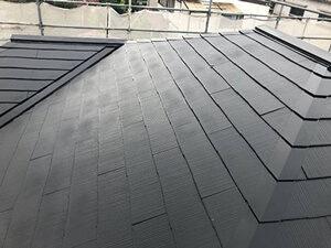 「スレート屋根を塗装工事でメンテナンス!O様邸の施工事例(神奈川県大磯町)」のAfter写真