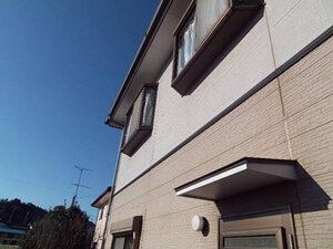 「築11年のT様邸をツートンカラー塗装!おしゃれな外観を取り戻した事例(千葉県市川市)」のBefore写真