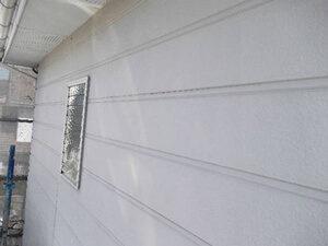 「黒ずんだ外壁を塗装でリフレッシュ!グレーの外壁に変身したN様邸(千葉県船橋市)」のBefore写真