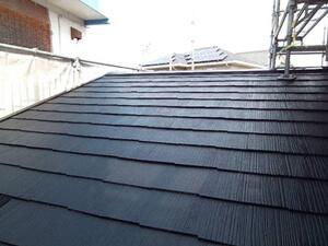 「色あせたスレート屋根を塗装でピカピカに!縁切りもバッチリ完了!(千葉県松戸市)」のAfter写真