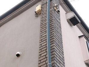 「モルタル外壁とベランダを塗装、屋根の重ね葺きも施工したK様邸!(神奈川県横浜市)」のBefore写真