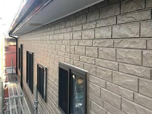 「サイディング外壁とセメント瓦の屋根をまとめて塗装したM様邸(千葉県松戸市)」のAfter写真