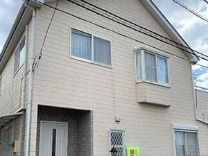 「外壁・屋根・バルコニーをまとめて塗装!丸ごときれいになったM様邸(千葉県松戸市)」のBefore写真