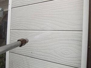 「木目調のサイディング外壁とトタン屋根をまとめて塗装したS様邸(千葉県市川市)」のBefore写真