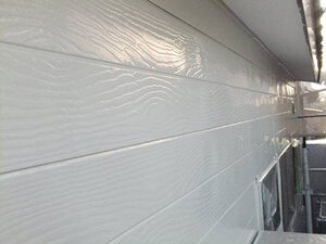 「木目調のサイディング外壁とトタン屋根をまとめて塗装したS様邸(千葉県市川市)」のAfter写真