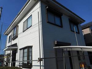 「グレーの外壁が黄色に変身!清潔さを維持したT様邸(千葉県市川市)」のBefore写真