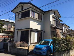 「築10年のモルタル外壁を塗装した事例。門扉も塗装し、ピカピカに!(千葉県松戸市)」のAfter写真