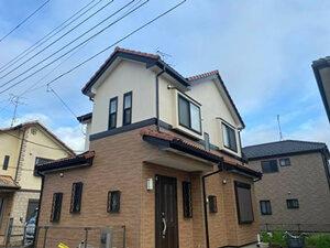「ひび割れたサイディングを補修!外壁とベランダをまとめて塗装(千葉県市川市)」のBefore写真
