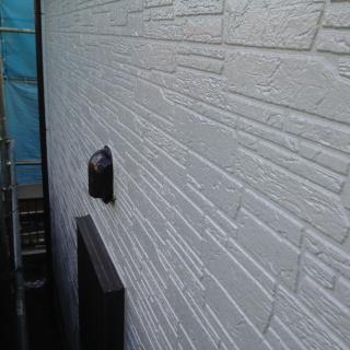 石壁風サイディングを塗装!真っ白な外壁にイメチェンしたO様邸