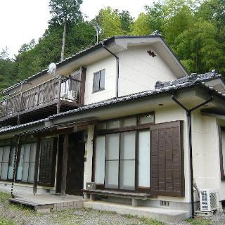 黒ずみが目立つ外壁を約10年ぶりに再塗装! 明るい外観になったK様邸(神奈川県横浜市)