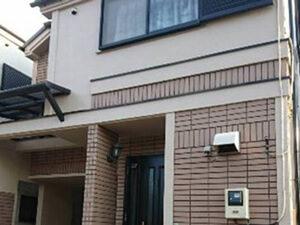 「外壁塗装とスレート屋根の重ね葺きをまとめて施工したK様邸(千葉県松戸市)」のAfter写真
