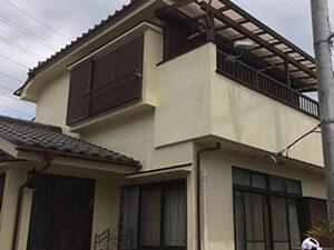 「ひび割れが生じたモルタル外壁を補修し、約13年ぶりに再塗装!(神奈川県横浜市)」のBefore写真