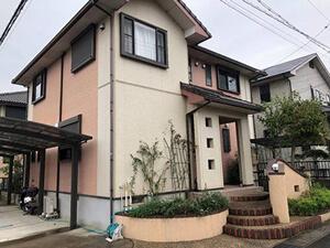 「以前と色が違うツートンカラーの塗装でイメージが変わったM様邸(千葉県市川市)」のBefore写真