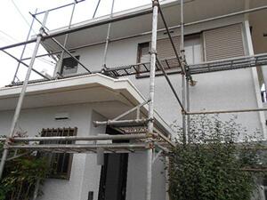 「雨だれが気になるモルタル外壁を塗装し、ピカピカな仕上がりに!(千葉県市川市)」のAfter写真