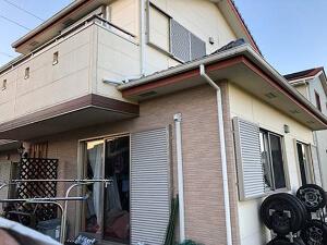 「レンガ調のサイディング外壁を塗装し、ピカピカになったI様邸(神奈川県大磯町)」のBefore写真