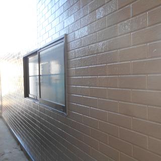 コケが目立つサイディング外壁を塗装!ピカピカに変身したK様邸(千葉県浦安市)