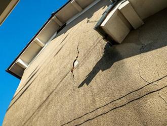 外壁は補修しないとまずい?メンテナンス方法と費用の目安を解説