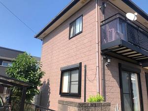 「チョーキングが発生していた外壁を塗装でメンテナンスしたT様邸(東京都町田市)」のBefore写真