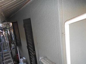 「モルタル外壁とスレート屋根 をまとめてメンテナンスしたO様邸の事例(神奈川県厚木市)」のBefore写真