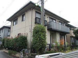「黒ずみのあった外壁も塗装でピカピカきれいに!新築のようなM様邸(千葉県市川市)」のBefore写真