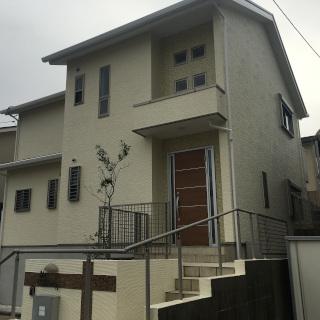 外壁と屋根をまとめて塗装 !美しい外観を取り戻した築14年の住宅(千葉県市川市)