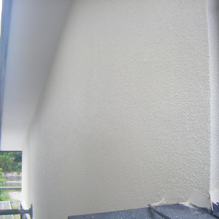 ヒビが入っていたモルタル外壁を補修!塗装でピカピカになったK様邸(東京都日野市)
