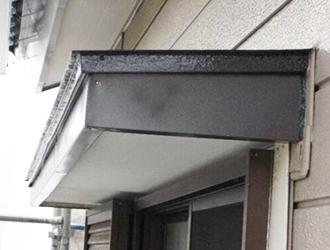 庇の修理費用や雨漏りする原因を解説!塗装がおすすめの場合も!?