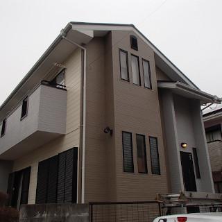外壁と屋根をまとめて塗装し、見違えるほどきれいになった M様邸(東京都武蔵村山市)
