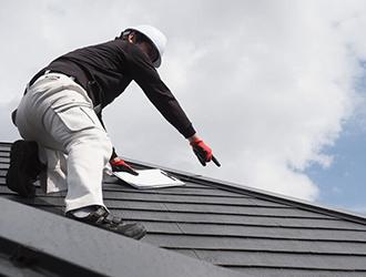 屋根塗装の見積もりの例やチェックポイントを紹介!坪数ごとの相場も