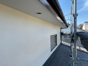 「築11年のモルタル外壁を塗装工事!清潔感を取り戻したK様邸(千葉県千葉市)」のAfter写真